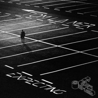 Expecting | Tom La Mer